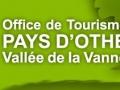 """Exposition Office du Tourisme avec les """"Têtes de l'art"""", Aube 2015"""